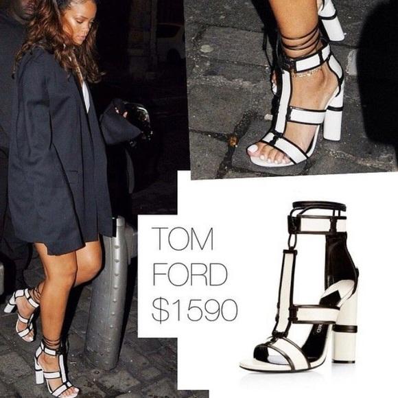 5de5c1949245 Tom Ford Harriet Chalk Black leather sandals
